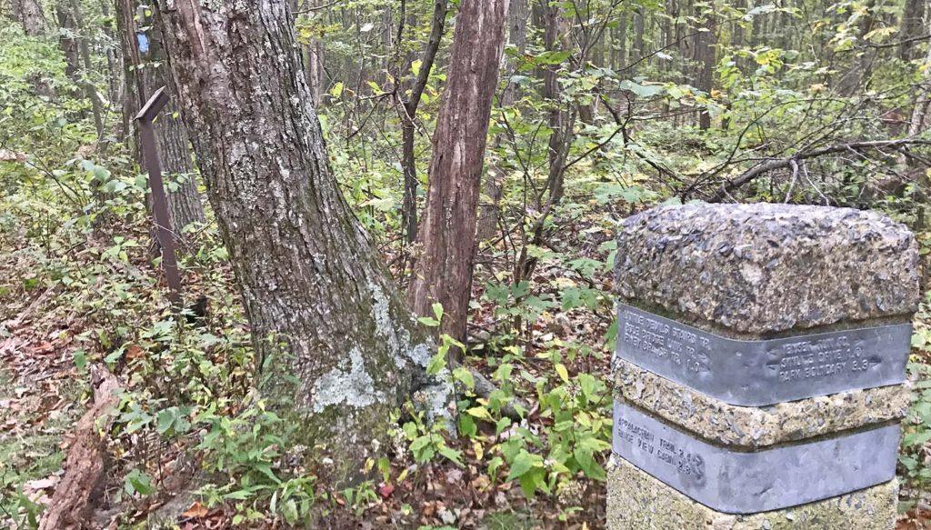 Little Devils Stairs Trail - Blue Trail Turn