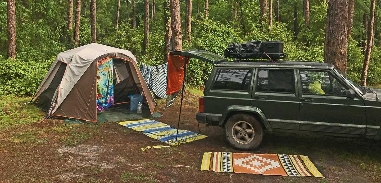 Jeep Cherokee Camping